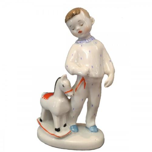 Фарфоровая статуэтка «Мальчик с лошадкой», ЛФЗ